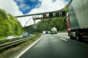 LKWs auf der Autobahn