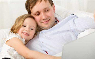 Vaterschaftsurlaub: Das sollten Väter wissen